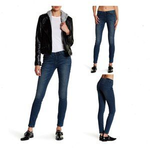 BLANK NYC NWT Skinny Classique Jeans 24